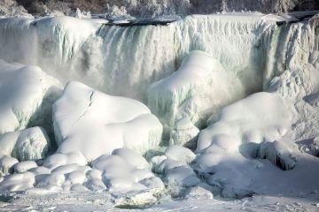 Frozen Niagara Falls,