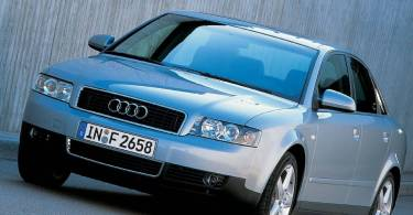 Wonderful front side view of silver Audi A4 Car