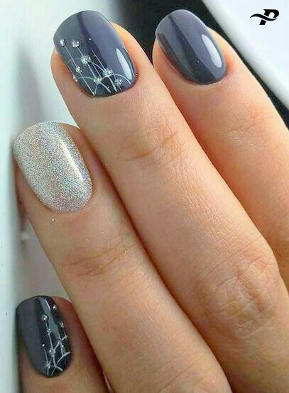 There is a lot of cute designs on all four fingers. One of them is silver, and the other is black.