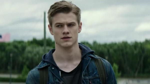 Pictures of Lucas Till Pictures Of Celebrities