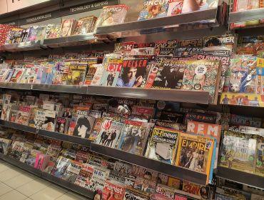 Foto Zeitschriftenregal in England