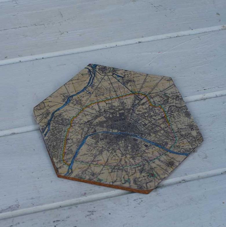 Fabric stuck the hexagon corkboard
