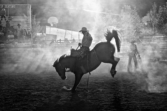 photographing a rodeo