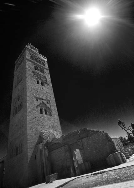 Koutoubia Black and White