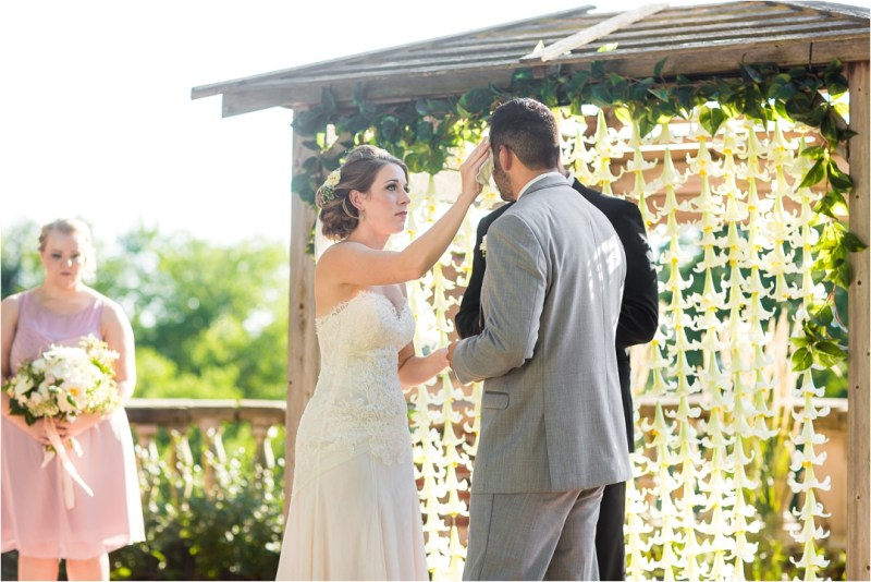 Lonview Mansion Wedding Kansas City_0049