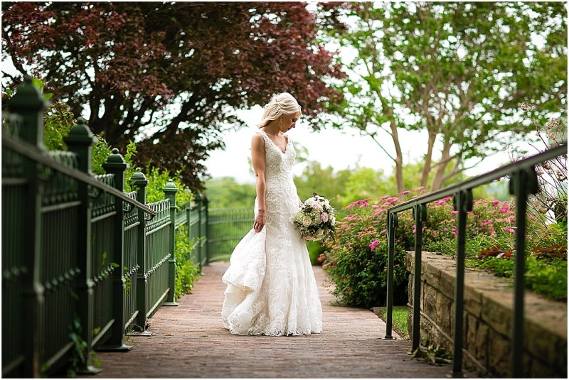 Gilcrease Museum Bridal Picturesque Photos by Amanda Tulsa Oklahoma_0002