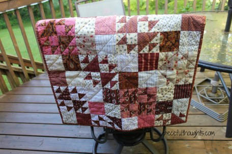 Mini Madder Quilt - piecefulthoughts.com