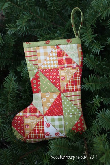 Stocking Story - Cheater Fabric Stocking - piecefulthoughts.com