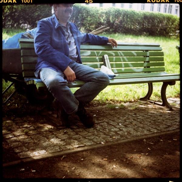 weißensee, portrait, manfred, gartenarbeiterIn, berlin, 54 - Pieces of Berlin - Collection - Blog