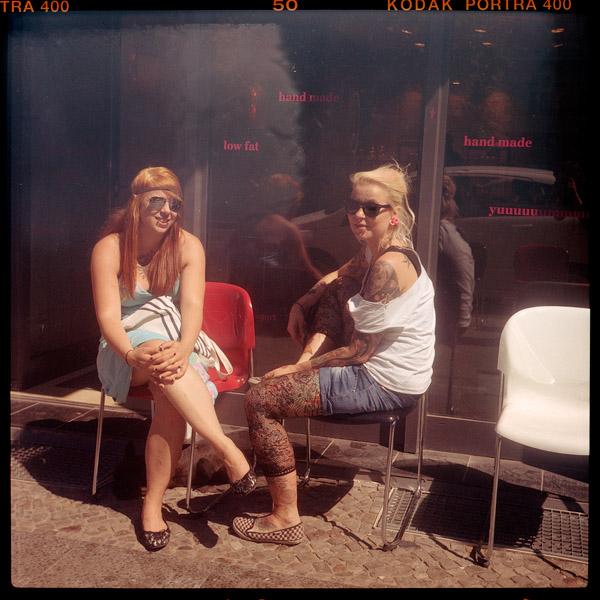 tanna, portrait, kellnerIn, jacky, friedrichshain, berlin, 27, 21 - Pieces of Berlin - Collection - Blog