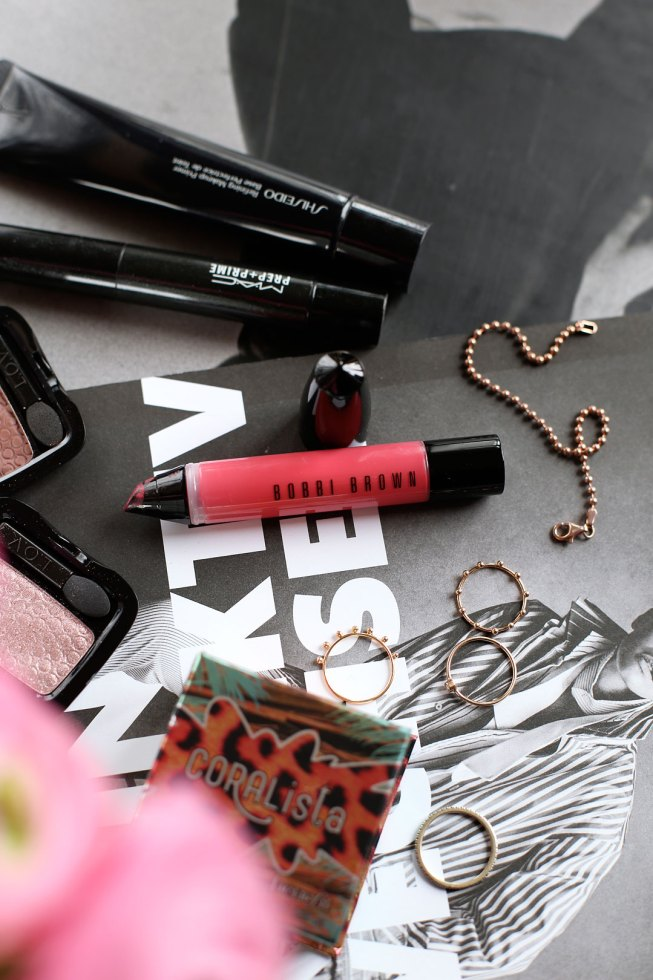 Frühlings Make-Up mit Art Stick Liquid Lip von Bobbi Brown