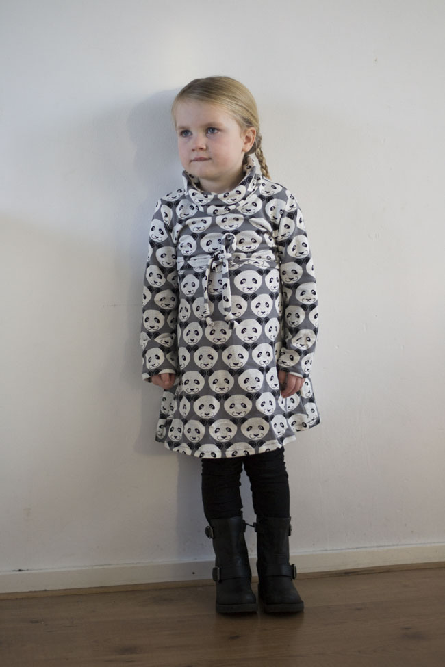 Warm Winter Dress - Panda Dress - Cowl Neck Jumper Dress Pattern by Heidi&Finn - Panda Fabric by By Poppy - Sewn by Pienkel