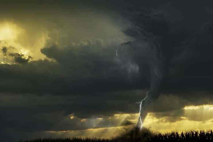 Uragano, ciclone e tornado