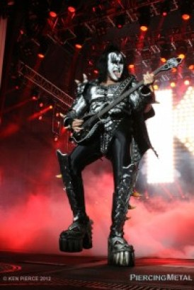 kiss, kiss photos, gene simmons
