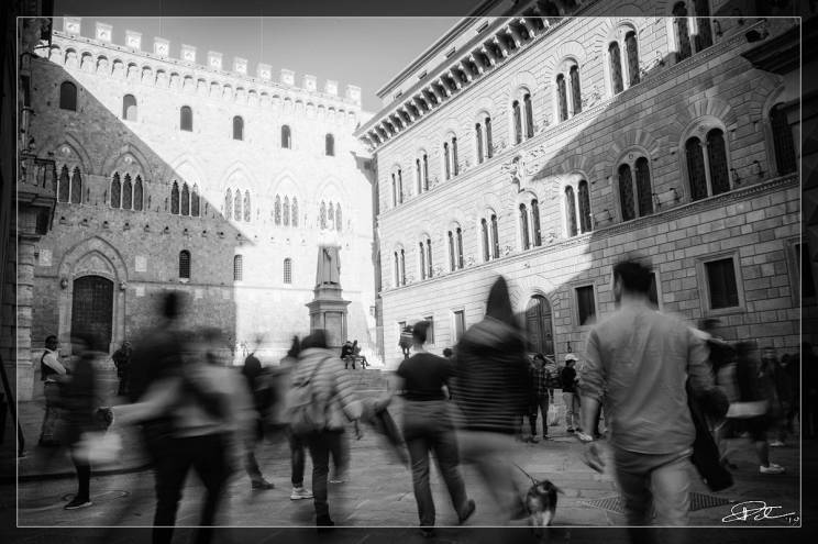 The Ephemeral and The Eternal – Piazza Salimbeni Siena