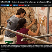 Frescoes restorers at Ephesus