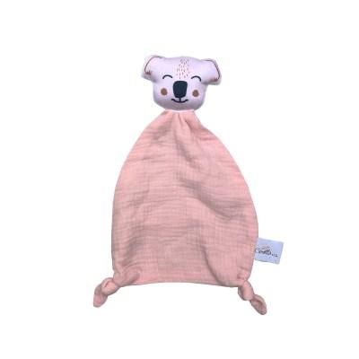 doudou-plat-koala-tete-rose-poudre-detail-coton-bio-gots-oeko-tex-cadeau-naissance-bebe-carotteetcie