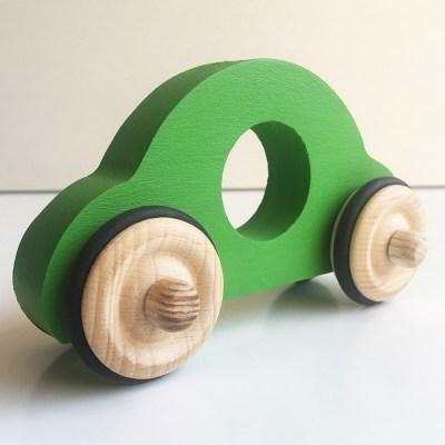 petite-voiture-anatole-en-boisVV