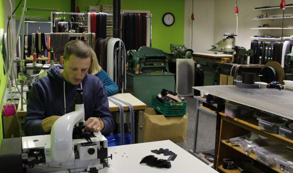 Onze bretels uit de fabriek