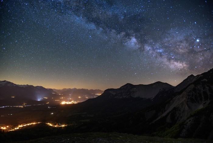 Voie lactée en astrophotographie dans le Dévoluy  Hautes-Alpes © Pierre ROLIN - Photographe Nancy - Lorraine / Grand Est