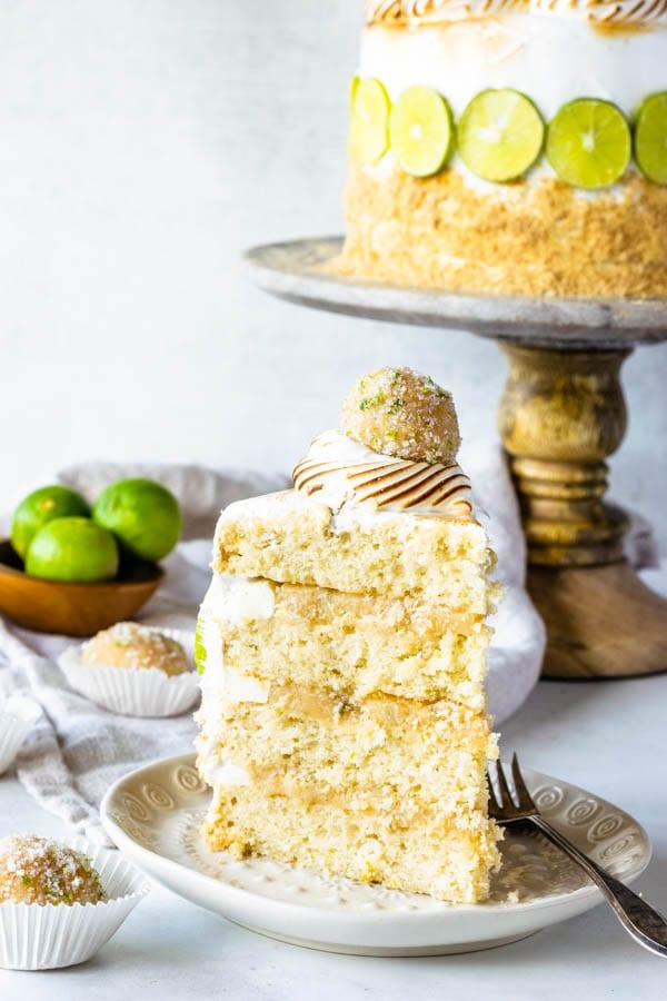 key lime pie cake slice