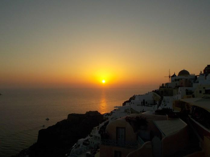 santorini una settimana tramonto oia