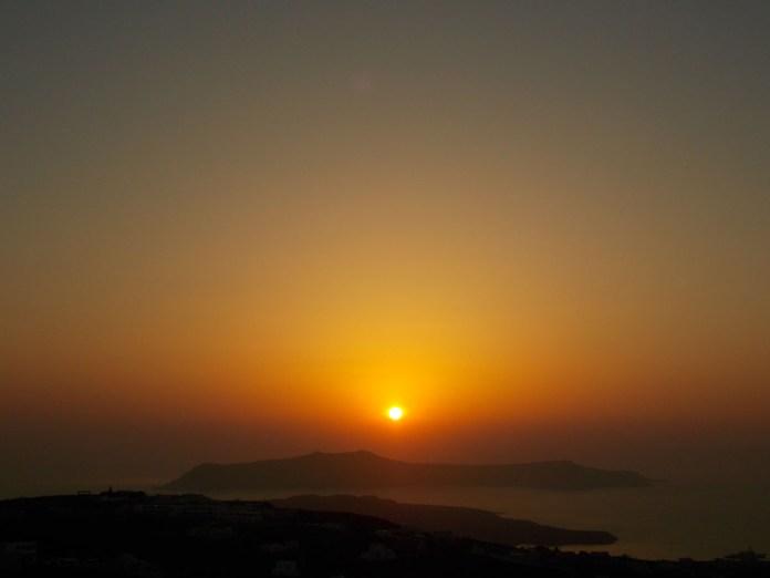 tramonto pyrgos santorini