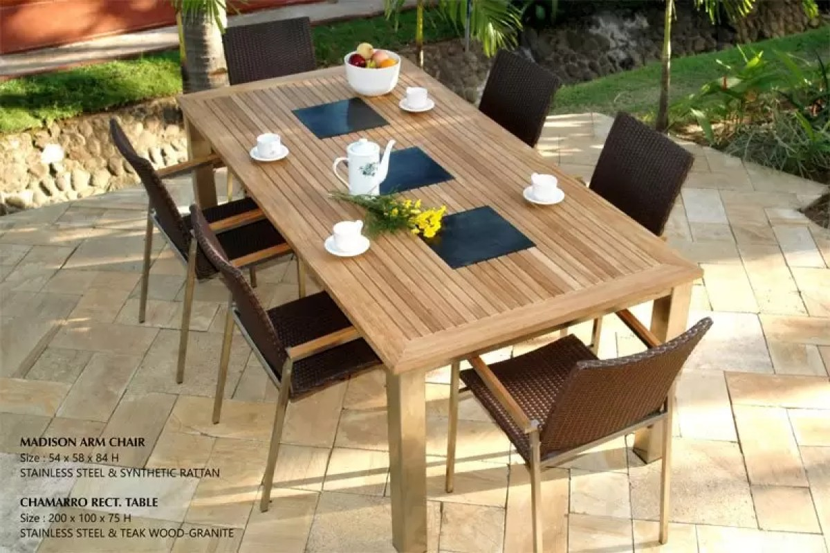 chamarro Patio furniture 1