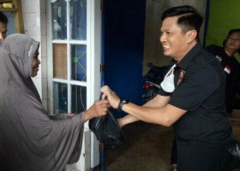 Ramadan Berbagi, Legislator NasDem Parepare SYT Bagikan 1000 Paket
