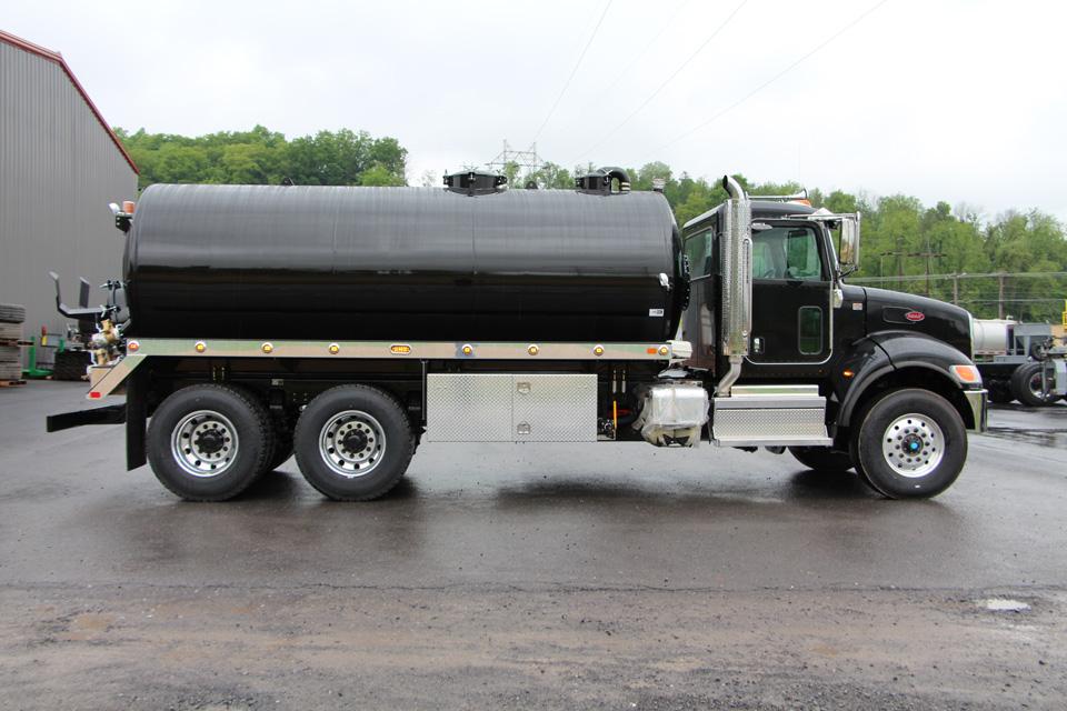 Peterbilt 348 Septic Truck - Stock # 12524 - SOLD - Pik Rite