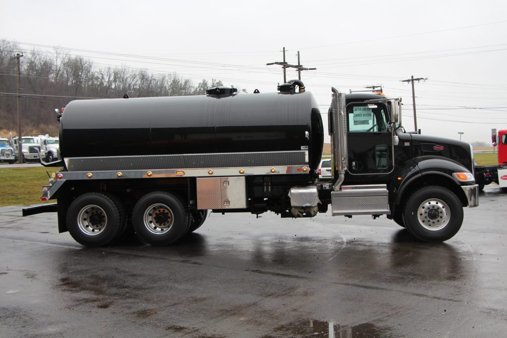 3600-Gallon Septic Truck - SOLD - Pik Rite