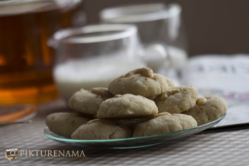 Ready to eat Nan Khatai the original Indian cookie with Dutch origin