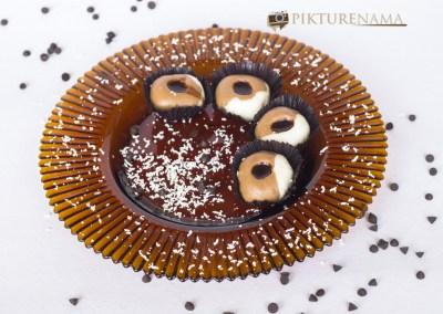 Chocolate 2 in 1 sandesh