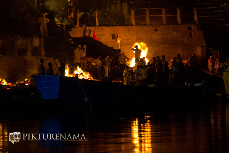 Varanasi ghats by nights by pikturenama - 7