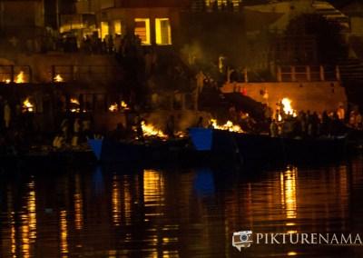 Varanasi ghats by nights by pikturenama - 6