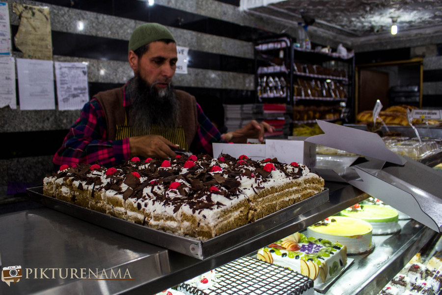 Jan Bakers Srinagar Kashmir and the baking tradition of the valley