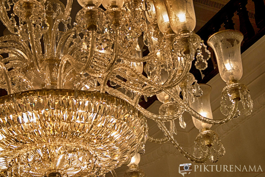 The Oberoi Grand Kolkata chandelier 1