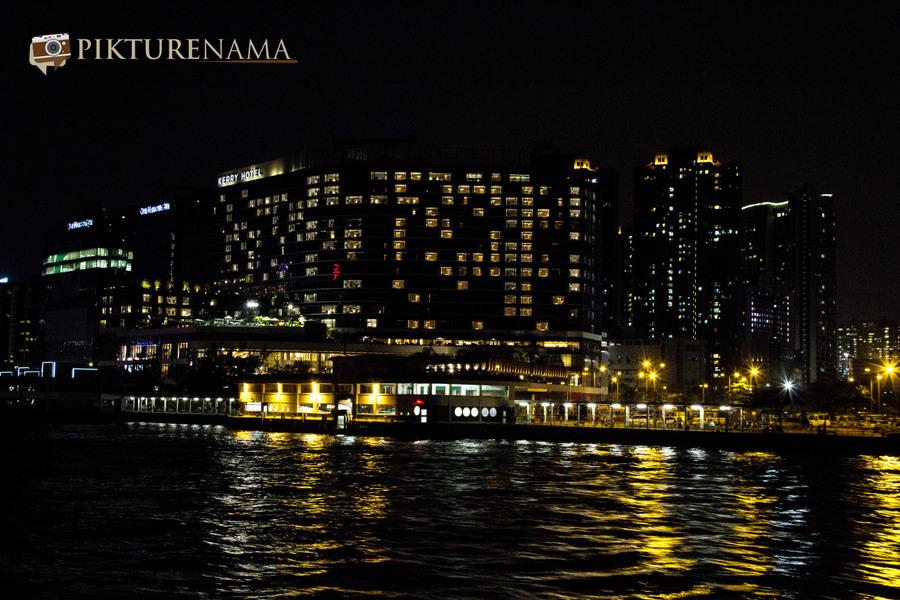 Sunset cruise Hong Kong 15