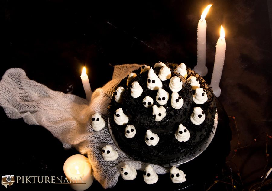 Halloween Ghost cake - 6