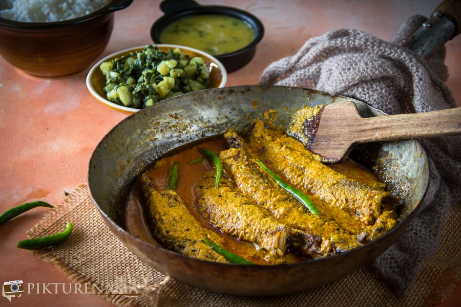 Parshe Macher Jhal and the obsession of finding the side bone in the fish