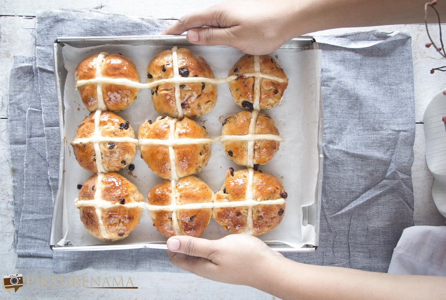 How to make Hot Cross Buns - 2