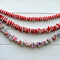 Gorgeous DIY Upcycled Sweater Felt Garland