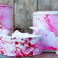 How To Upcycle Tins With A Faux Marble Effect
