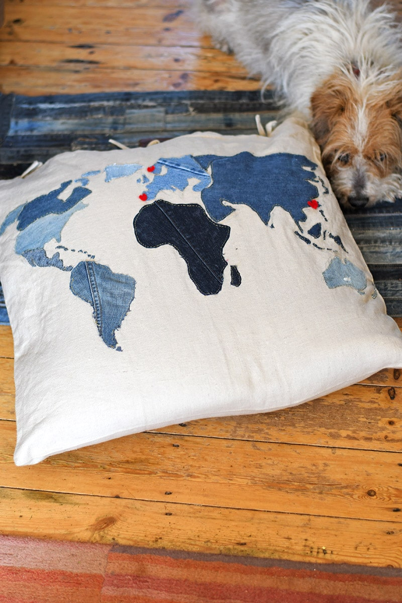 Sewing tutorial: Cool repurposed denim world map floor cushion