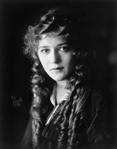 Una bella immagine di Mary Pickford
