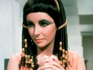 Liz Taylor en & quot; Cleopatra & quot;. cremas antiarrugas egipcios preparados con ingredientes naturales