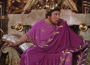 Un Peter Ustinov inolvidable en el papel de Nero en la película & quot; Quo Vadis de & quot;? Parece que Nero sufría de miopía fuerte