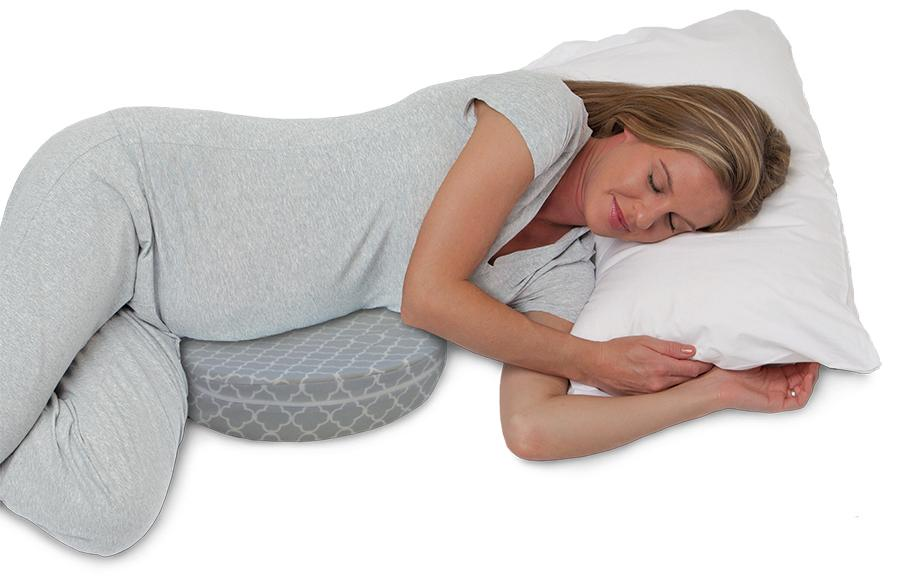 Petite Trellis Gray Pregnancy Pillow