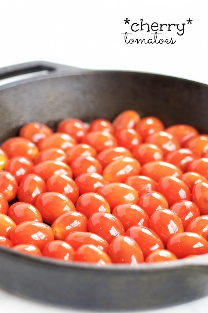 Pita hummus y tomates cherry