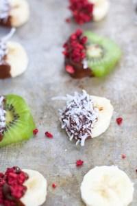 Frozen fuit bites, fruta congelada con chocolate